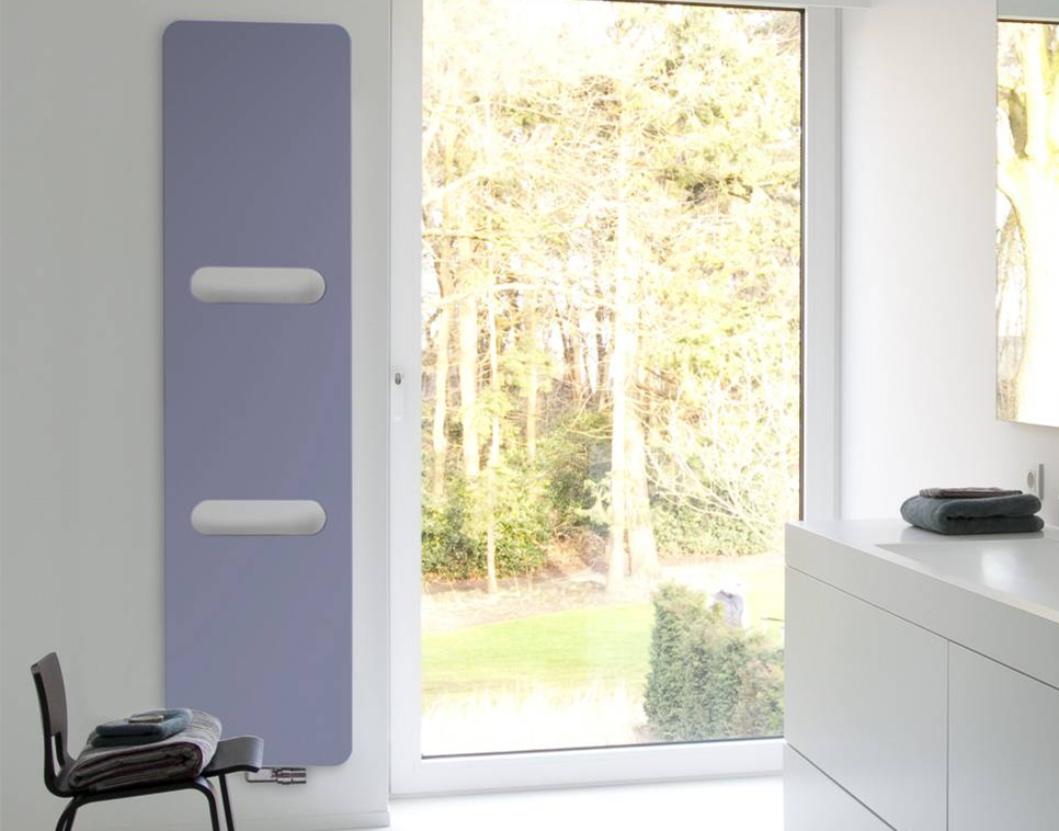 Badkamer Spiegelkast Rood : Frisse kleuren in de badkamer inspiratie saniweb.be